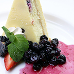 wildberry_cheesecake_ThinkstockPhotos-139524985